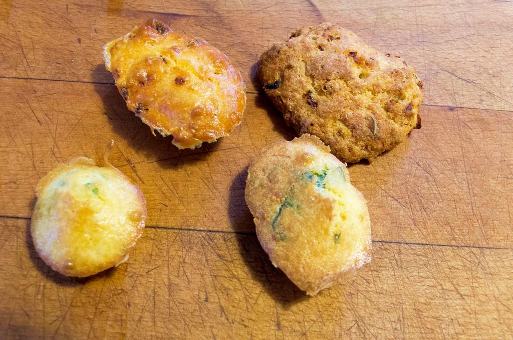 madeleines au chorizo cookies aux tomates s ch es madeleines au fromage et fines herbes les. Black Bedroom Furniture Sets. Home Design Ideas