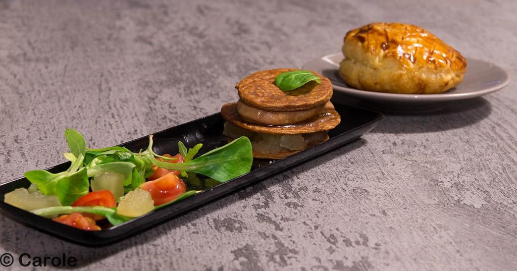 feuillet s et mille feuille au foie gras les exp riences culinaires de carole. Black Bedroom Furniture Sets. Home Design Ideas